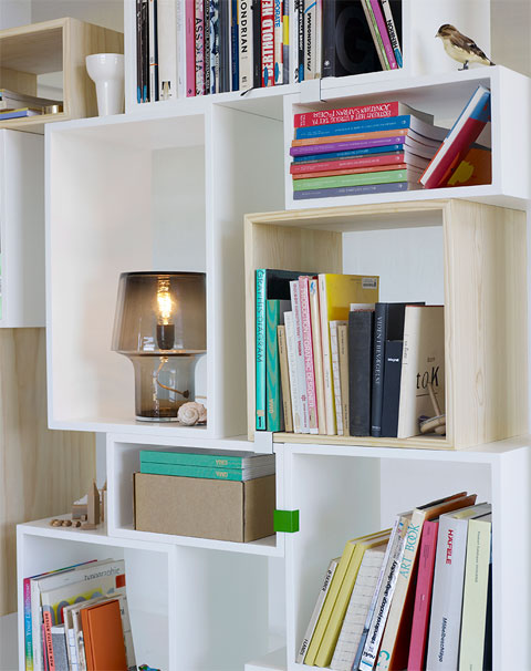 storage-shelves-stucked-4
