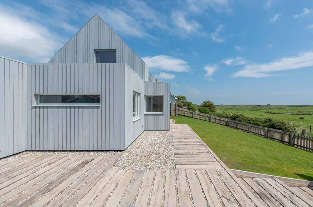 sustainable family home side rxa - Chalfont Beach House