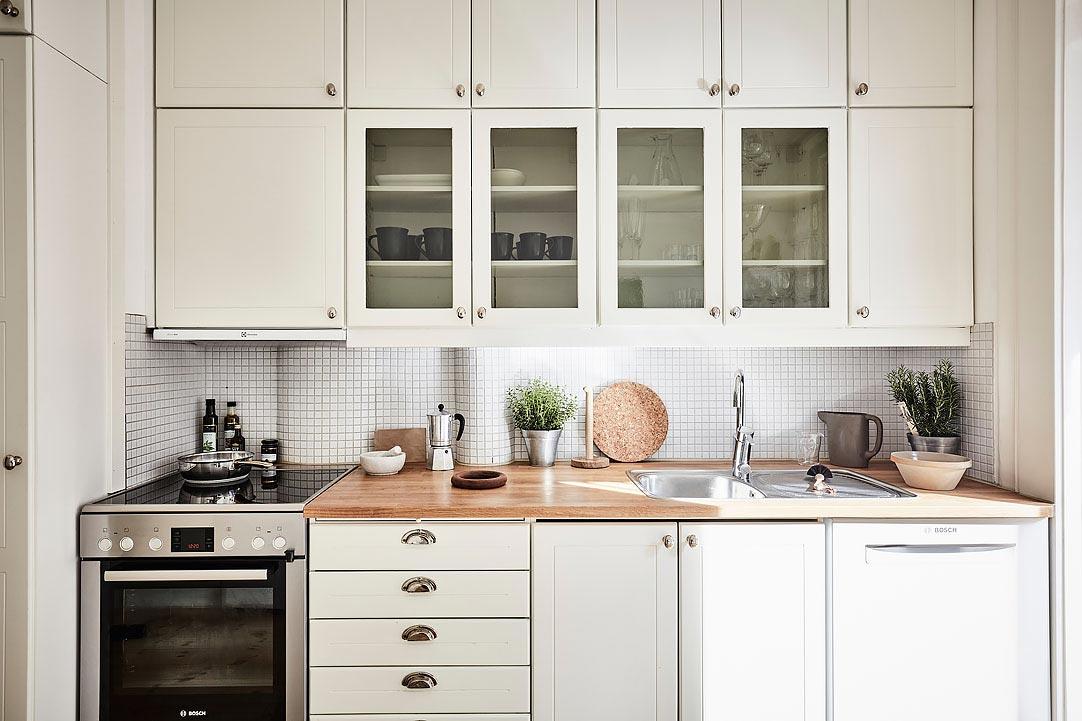 swedish apartment design 1 - Charming 20th Century Apartment