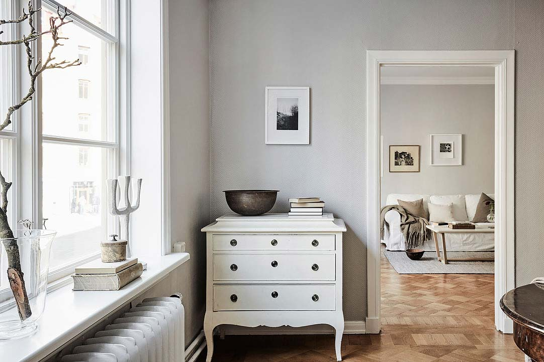 swedish apartment design 4 - Charming 20th Century Apartment