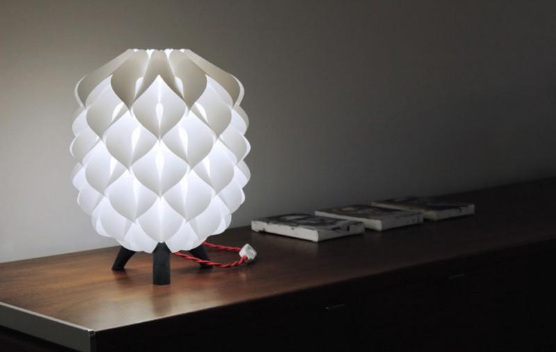 table lamp blom sb 800x506 - Blom Lamp