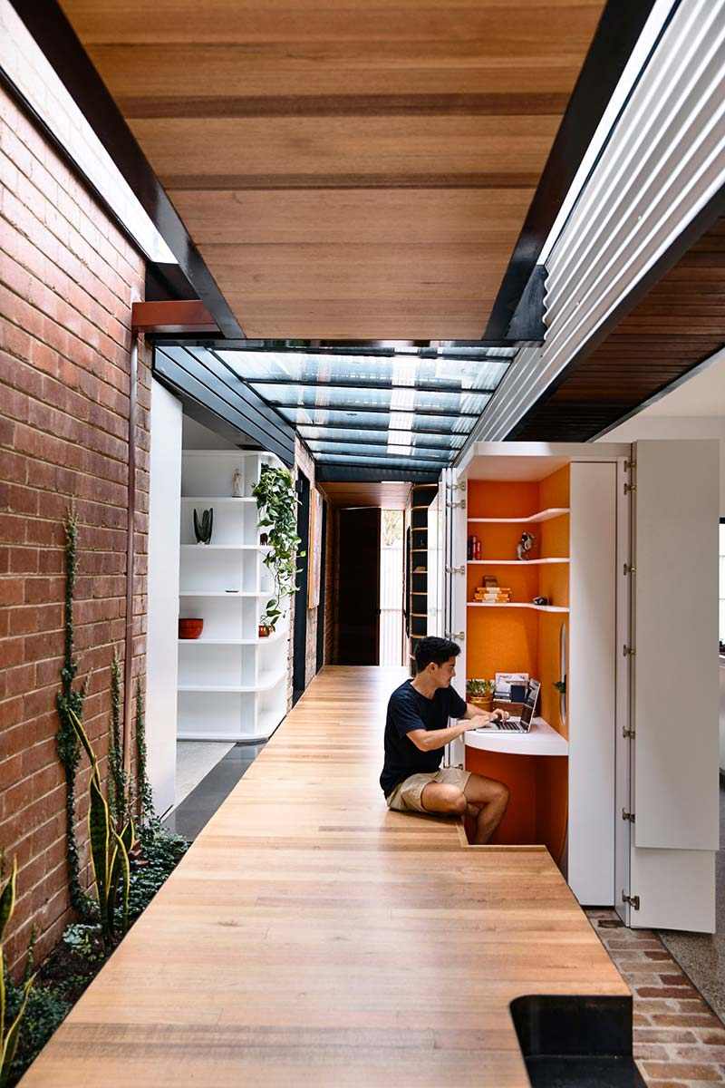 terrace house extension level ama - King Bill Residence