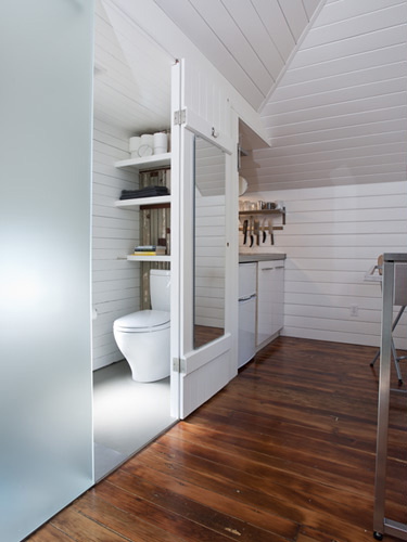 Exceptional Tiny Carriage House Conversion Part 24