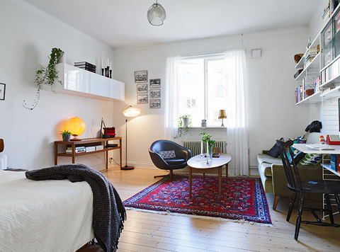 tiny-colorful-apartment-stdsm4