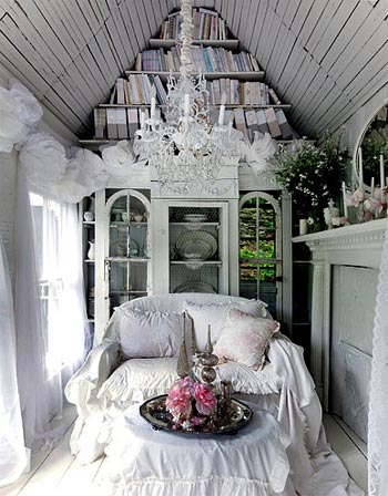 tiny-cottage-victorian-7