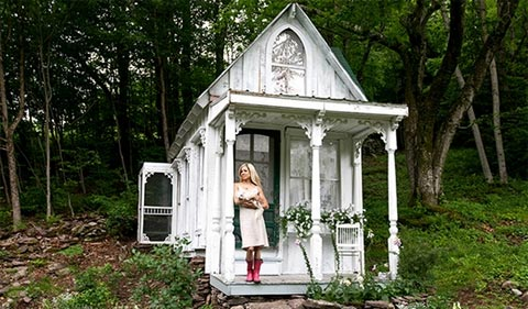tiny-cottage-victorian-8
