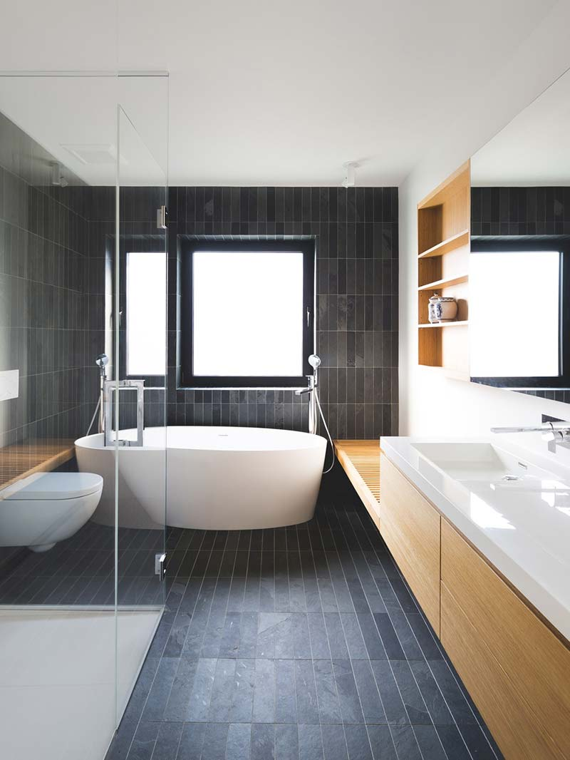 tiny extension townhouse bathroom - BLACK BOX II