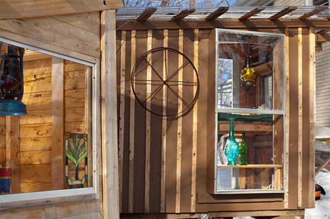 tiny-houses-junk-hickshaw2
