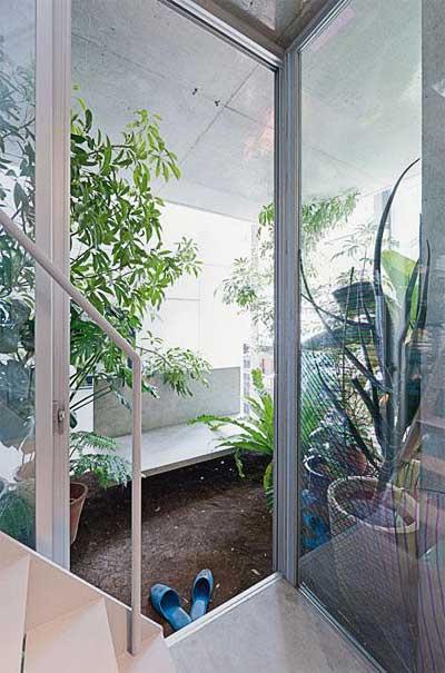 tiny-japanese-house-garden-3