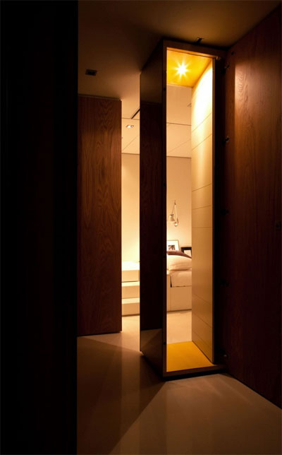 tiny-living-space-closet-house-1