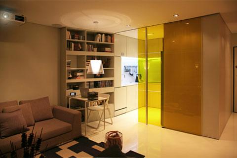 tiny-living-space-closet-house-5