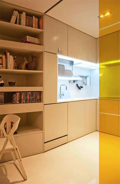 tiny-living-space-closet-house-8