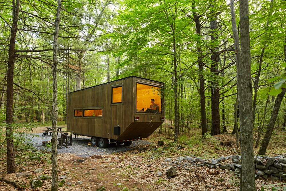 Getaway tiny modern cabin rentals outside boston nyc Getawaycabins com