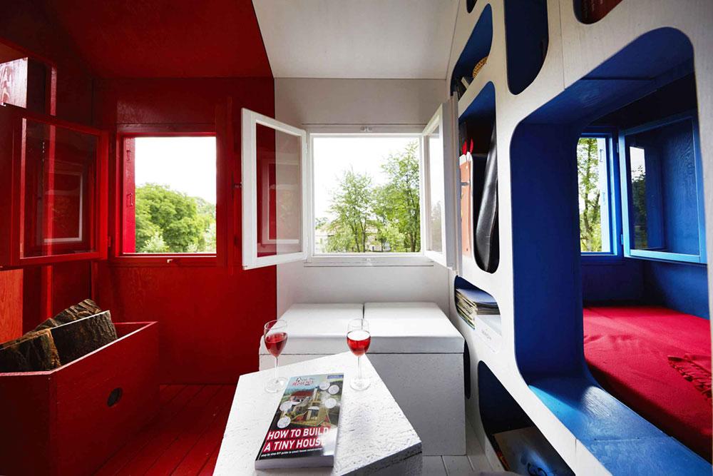 tiny-prefab-cabin-france-4