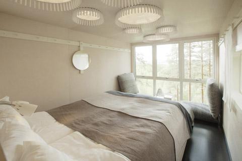 tree-hotel-cabin-3