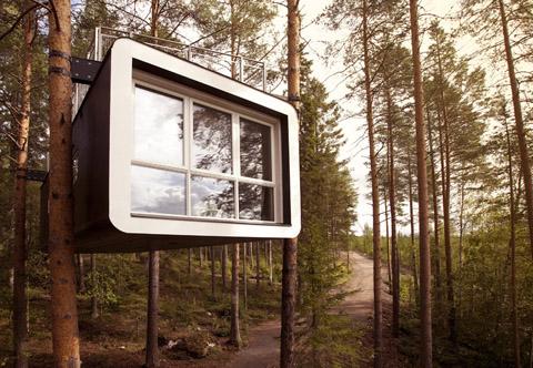 tree-hotel-cabin