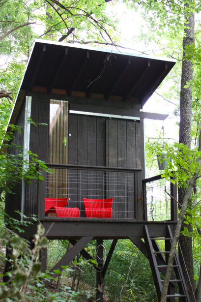 Modfrugal Tree House Modern Cabins Treehouse Design