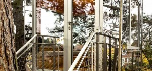 treehouse-design-mirror-br
