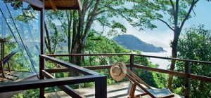 treehouse design praia6 300x140 - Casa da Praia do Felix: Brazilian Tree House