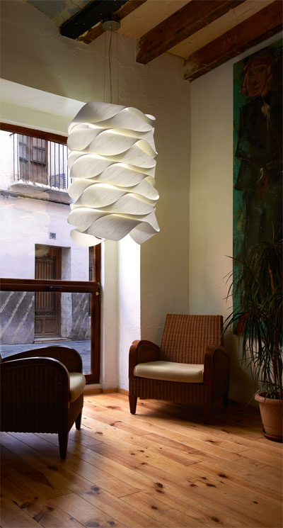 unique pendant light link - Link Lamp Collection: Wood Veneer's Shining Moment