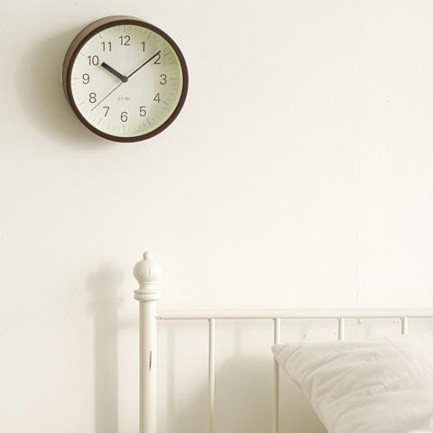 unique-wall-clock-lumino