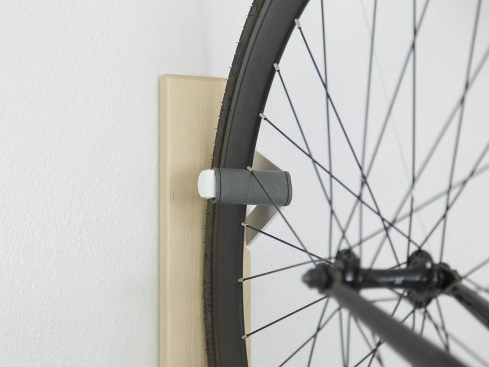 vertical-bike-rack-artifox2