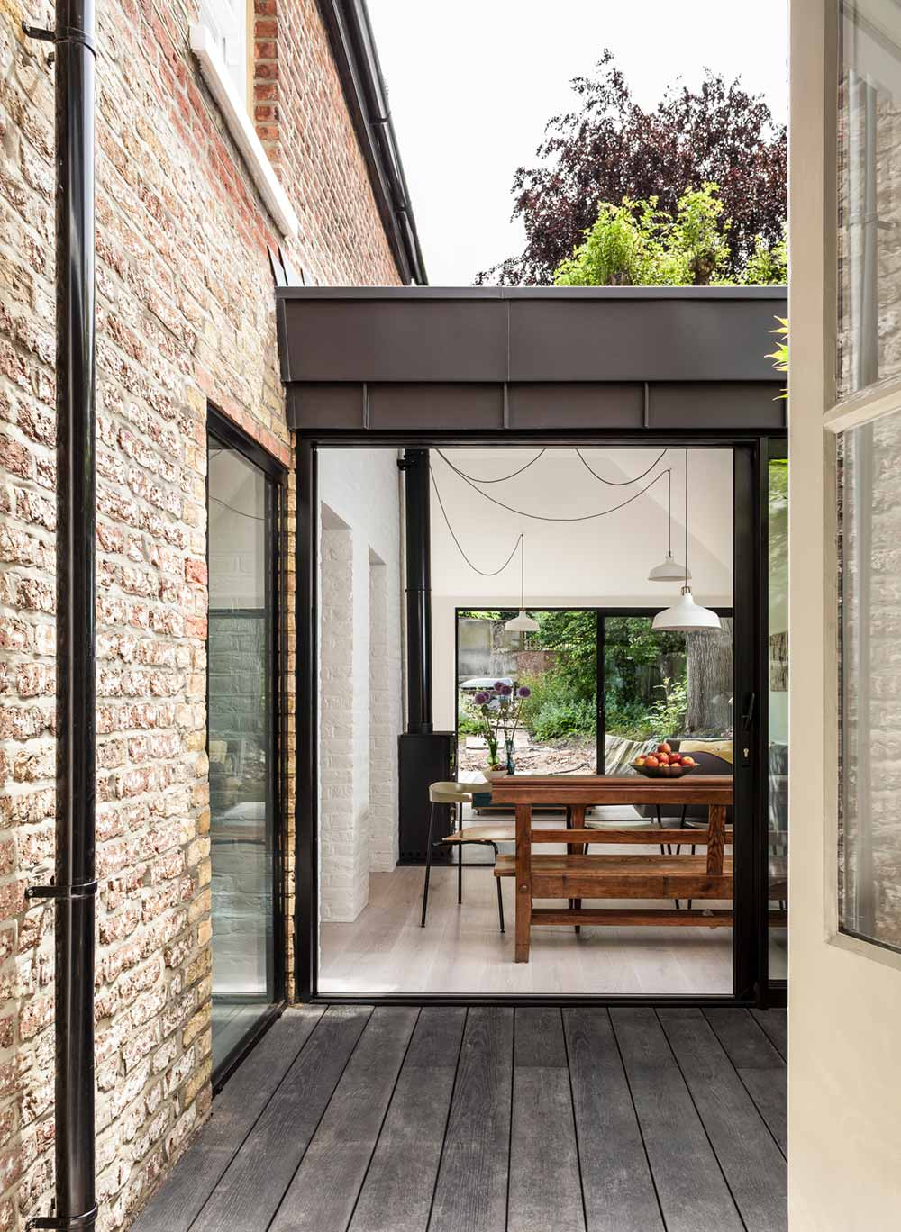 victorian house extension courtyard km - Pages Lane