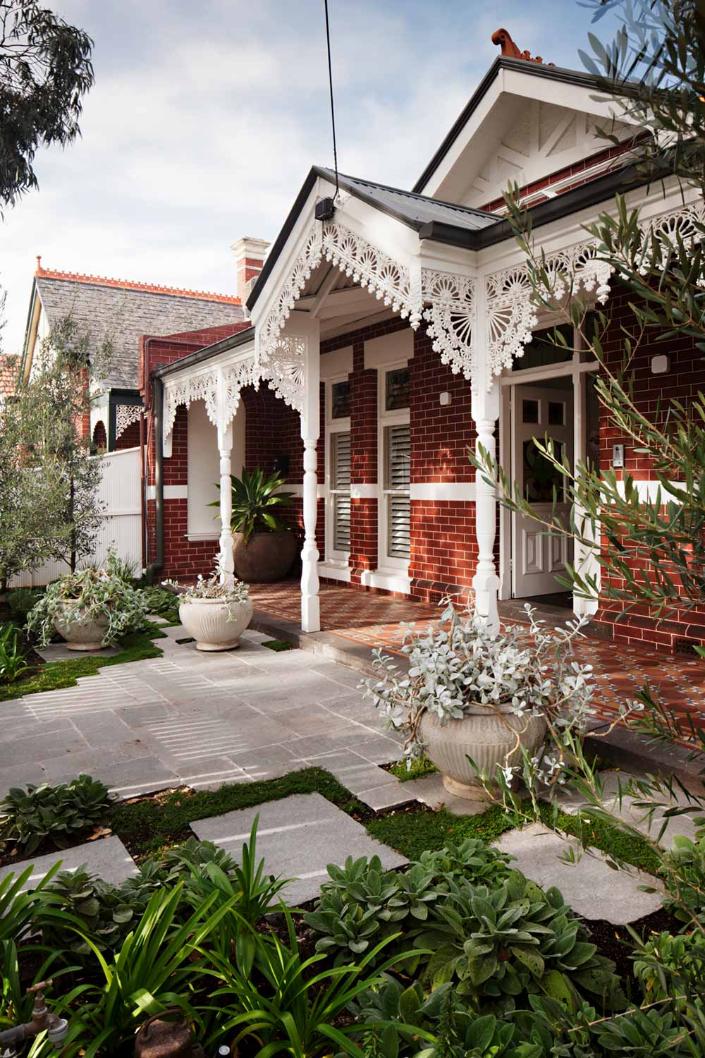 victorian terrace house facade hc - Albert Park House