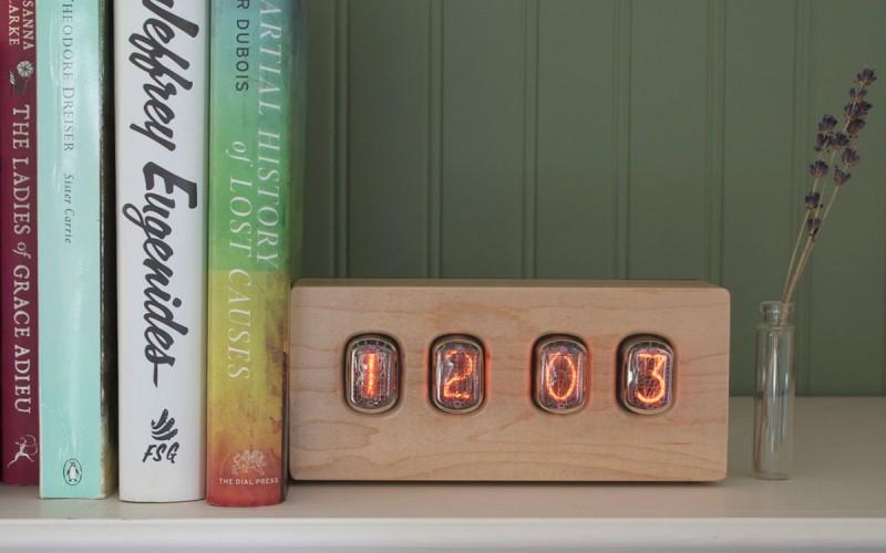 vintage clock nixieepoch 800x500 - Nixie Epoch