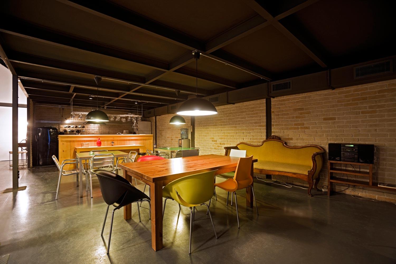 P Blok Production Studio Modern Architecture