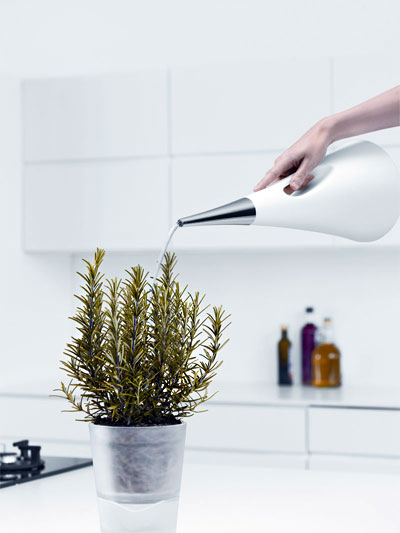 watering-can-aquastar