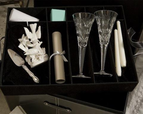 wedding-keepsake-chest-3