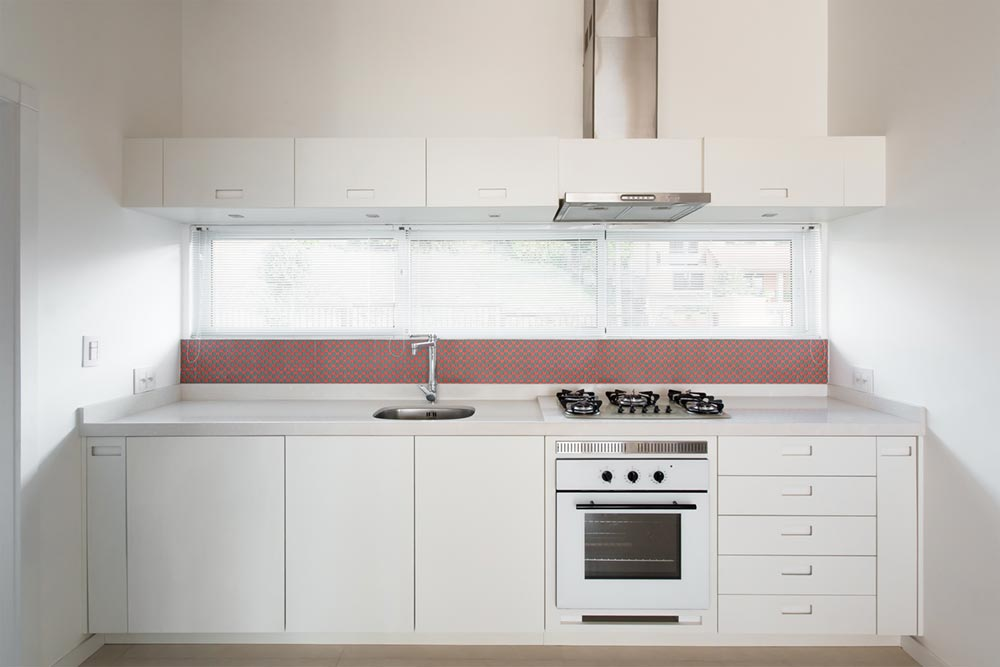 white red tile kitchen design - View House