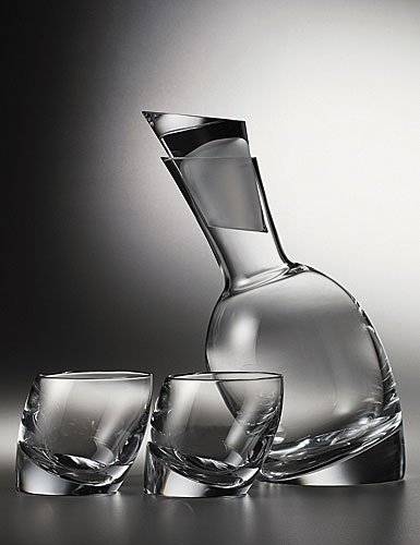 wine-decanter-tilt