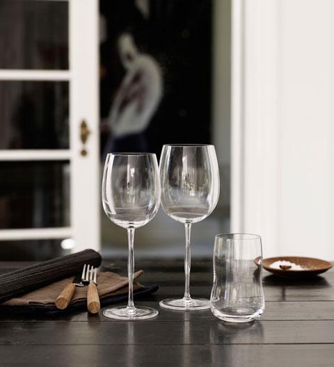 wine-glasses-future