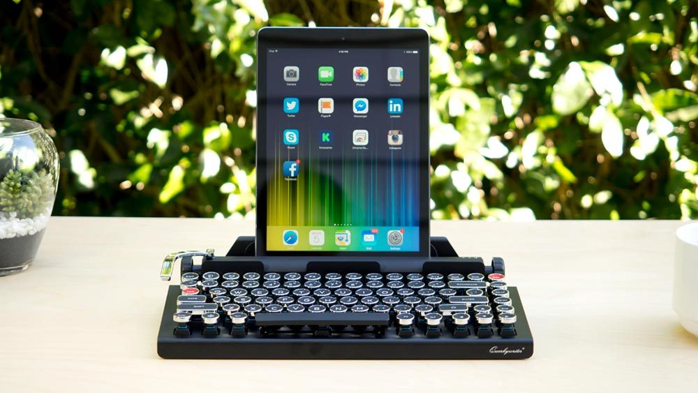 wireless mechanical keyboard ipad 1000x563 - Qwerkywriter