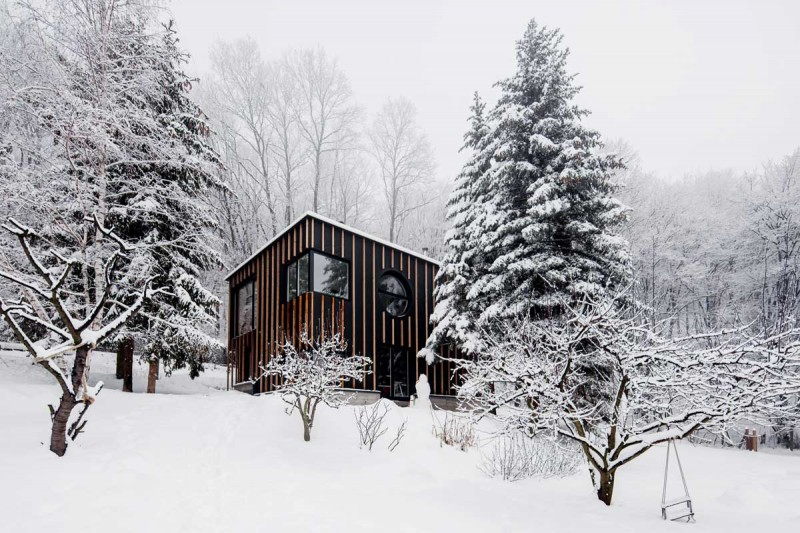 wooden prefab home t2a 800x533 - The Photographer's House