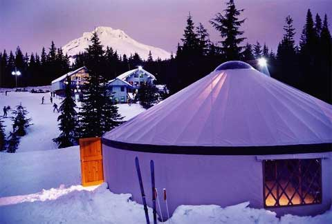 yurt-living-pacific-2