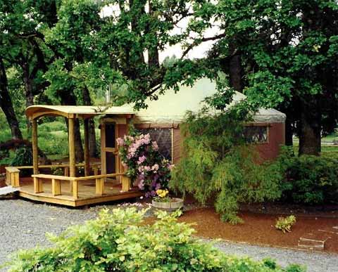 yurt-living-pacific-4
